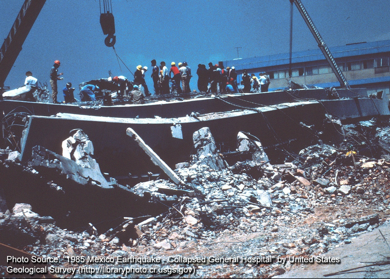 1985_Mexico_Earthquake-Collapsed_General_Hospital